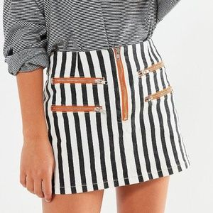 Urban Outfitters Striped Contrast B&W Mini
